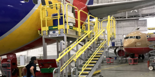 Aviation aft maintenance platforms -